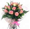 Ram de 12 roses rosades a Barcelona